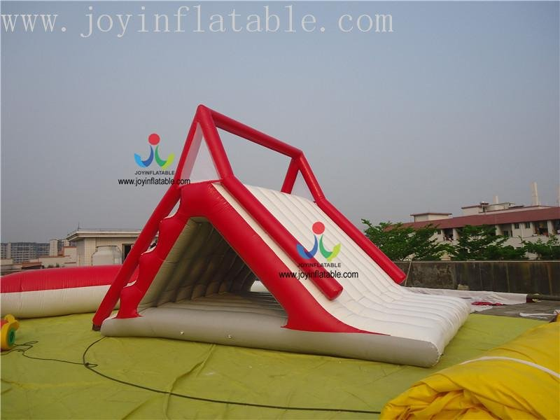 aqua floating playground inquire now for kids-8