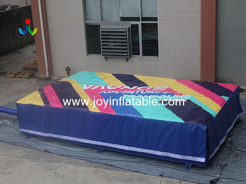 Stunt Jump Inflatable Airbag Video