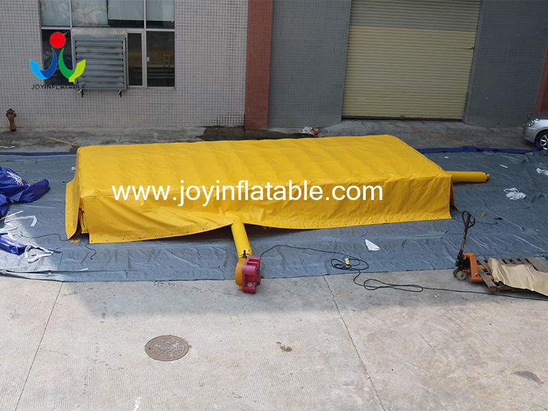 Inflatable Stunt Air Bag For the Ropeway Of Trampoline Park