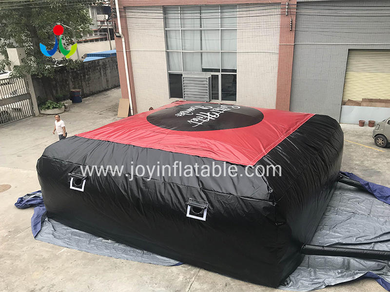 Inflatable Air Bag Pillow For Stunt Sport video