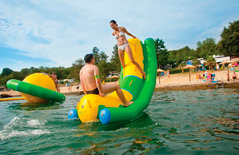 obstacle inflatable floating water park supplier for children-4