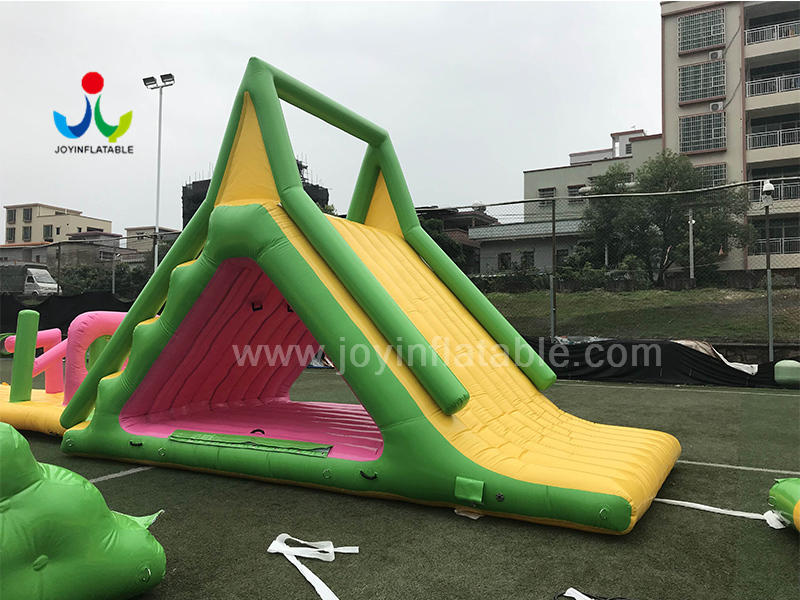 Top Quality Inflatable Floating Water Slide for Water Park Game Video