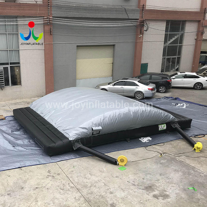 Inflatable Jumping Pit AirBag For Bicycle Extreme Sports Project