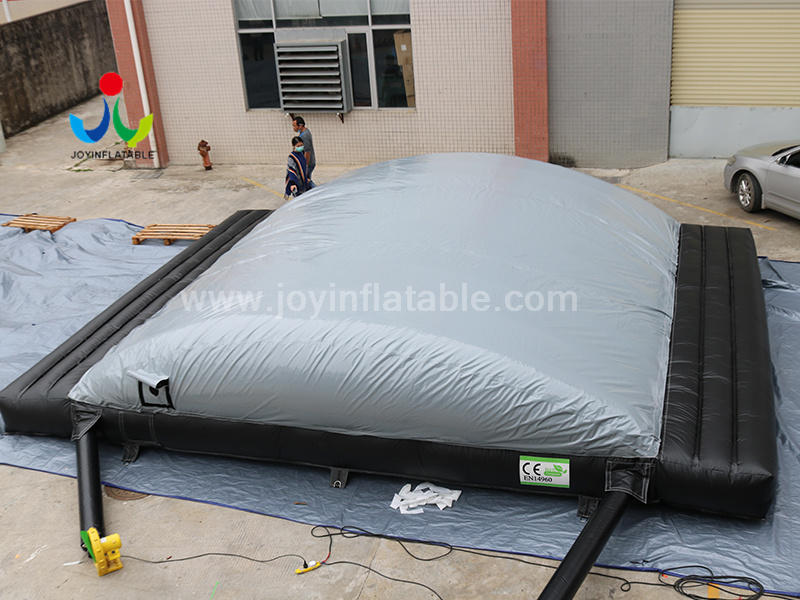 Inflatable Jumping Pit Air Bag  For Bicycle Extreme Sports Project  Video