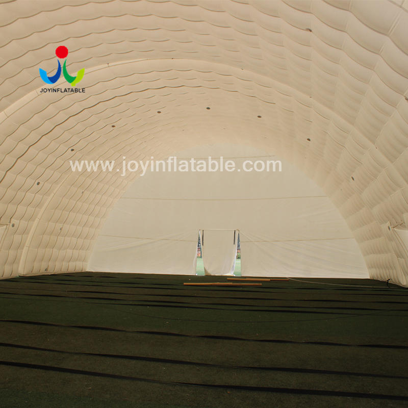 White Air-Tight Outdoor Giant Inflatable Tents For Sport Party Event
