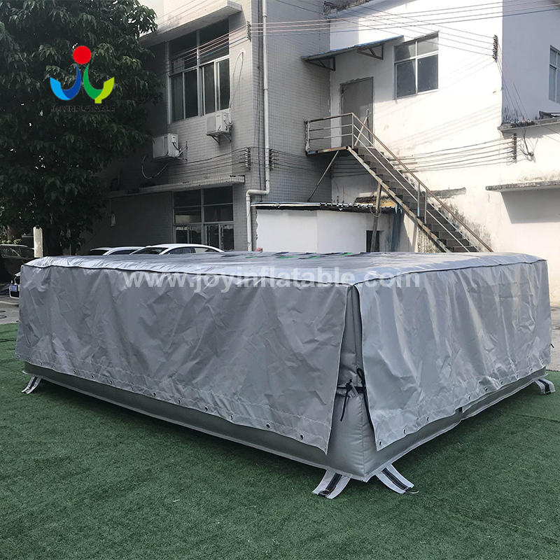 Gym Club Inflatable Airbag for Outdoor Action Trampiline Park