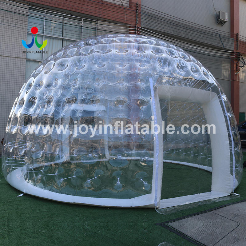 Transparent Inflatable Igloo For Catering On Terraces Of Restaurants