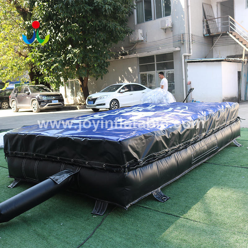 Small Blow Up Crash Mat For The Back Yard Trampoline Park