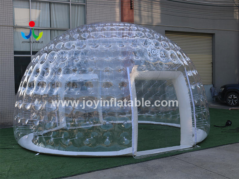 Transparent Inflatable Igloo For Catering On Terraces Of Restaurants Video