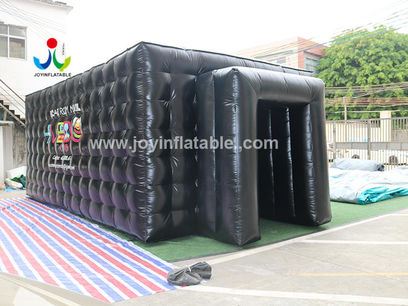 Movable Inflatable Escape Room Tent for the Game Video