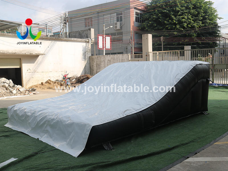 Inflatable Stunt Air Bag for Tricks On Mountain Bikes Video
