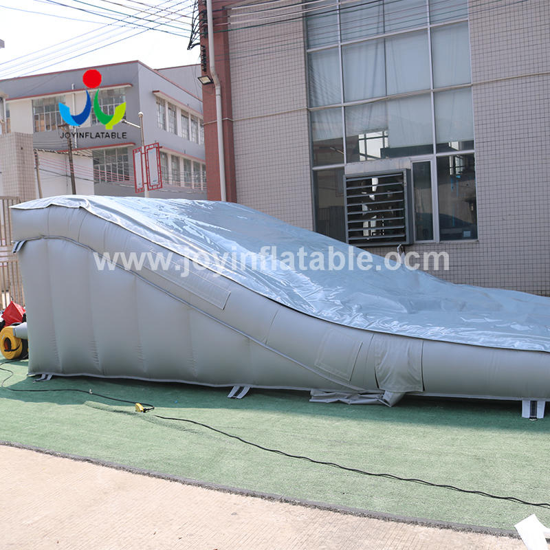 Inflatable Sloped Ramp AirBag For Stunt Mountain Bike