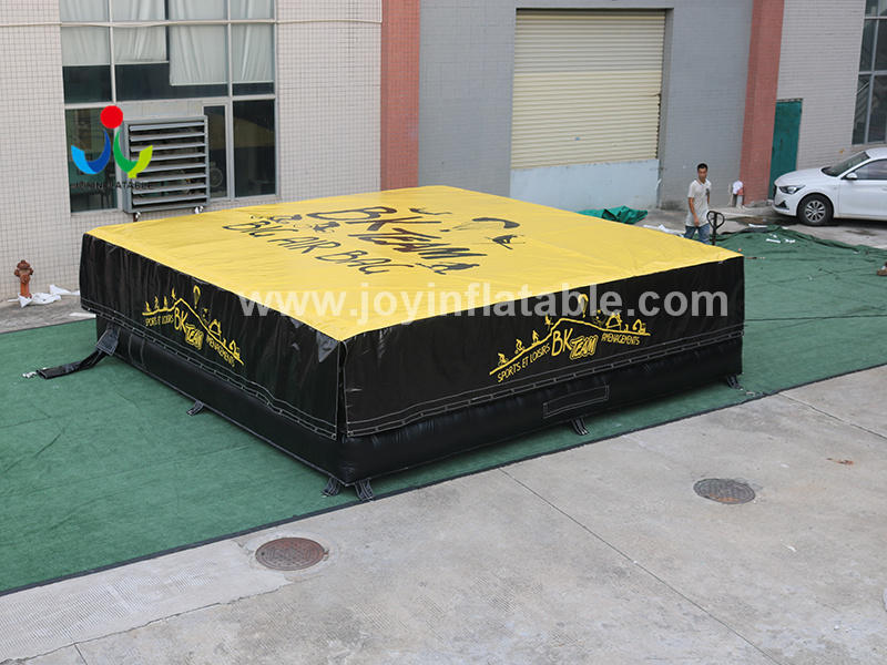 Outdoor Snow Park Inflatable Airbag for Freefall Jump Landing Video