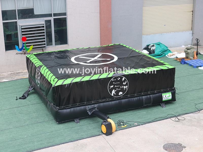 Inflatable Air Bag For Stuntman Fall From Different Heights Video
