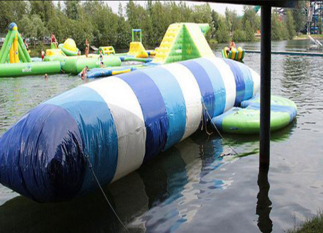 JOY inflatable floating water park personalized for children-3