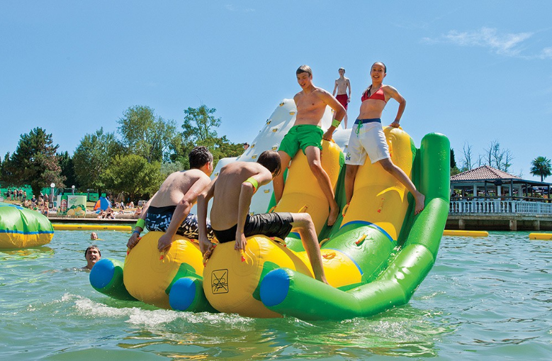 obstacle inflatable floating water park supplier for children-3
