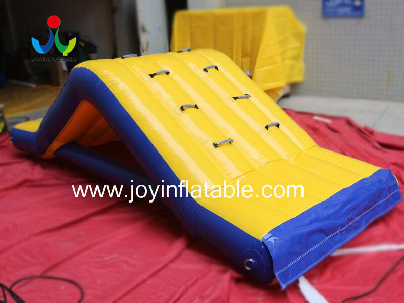 Inflatable Floating Obstacle-1
