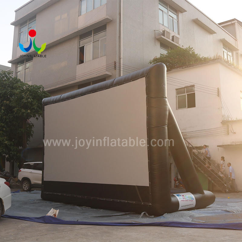 mats inflatable movie screen customized for kids-1