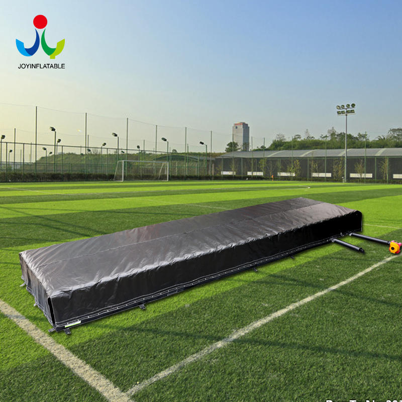 Inflatable Stunt Jumping Pillow with Platform