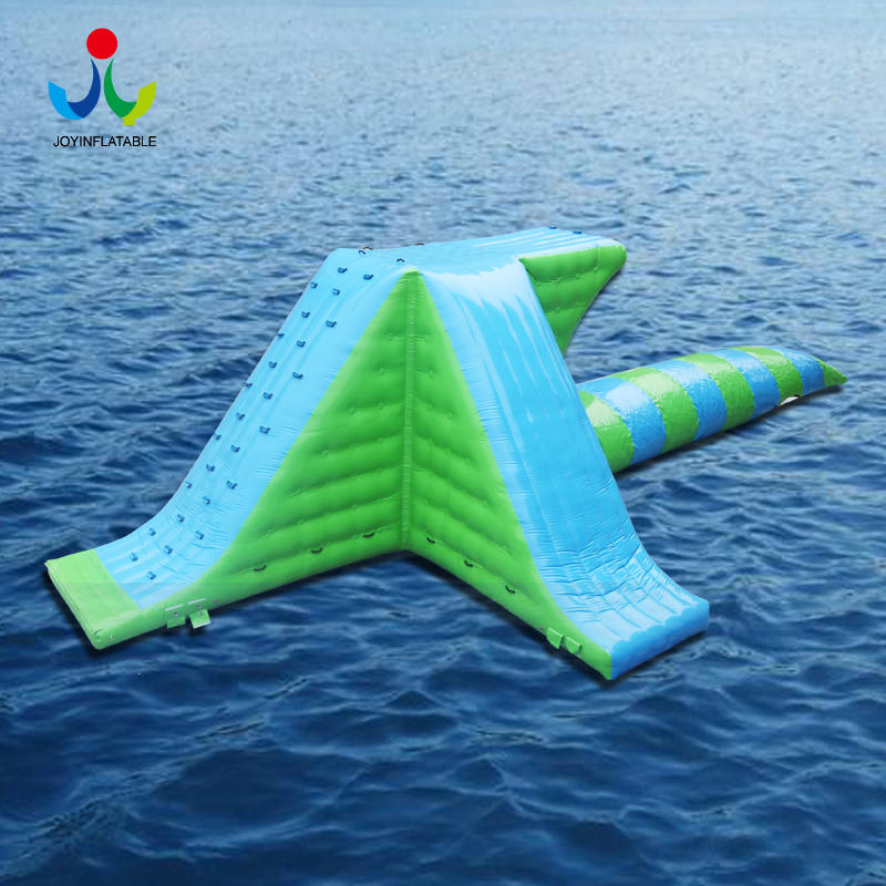 Inflatable Floating Water Slide Floating park with Inflatable Jumping Pillow For Adults