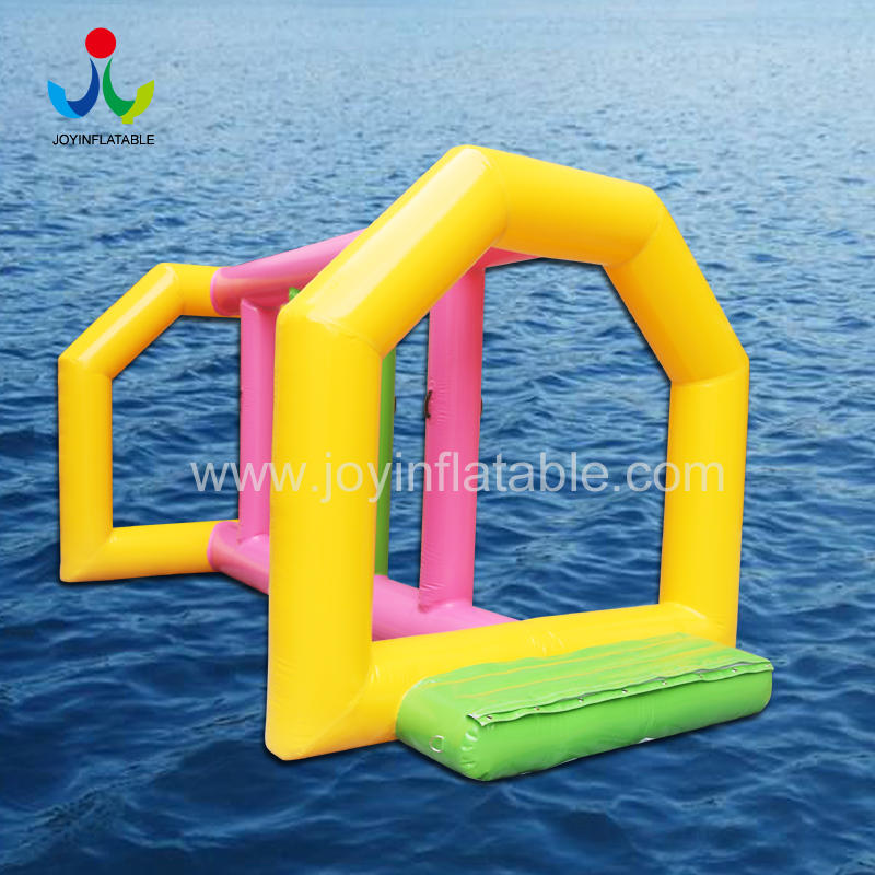 China Wholesale Customized Summer Inflatable Floating Water Park